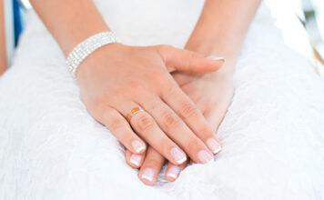 Chcesz wykonać manicure hybrydowy po raz pierwszy? Sprawdź, gdzie najlepiej to zrobić!