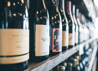 Wino na prezent - jak je zapakować?